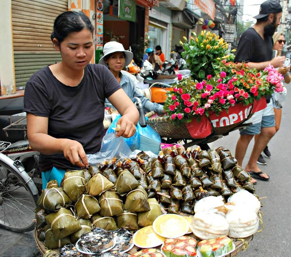 Food and Flower Vendors in Hanoi