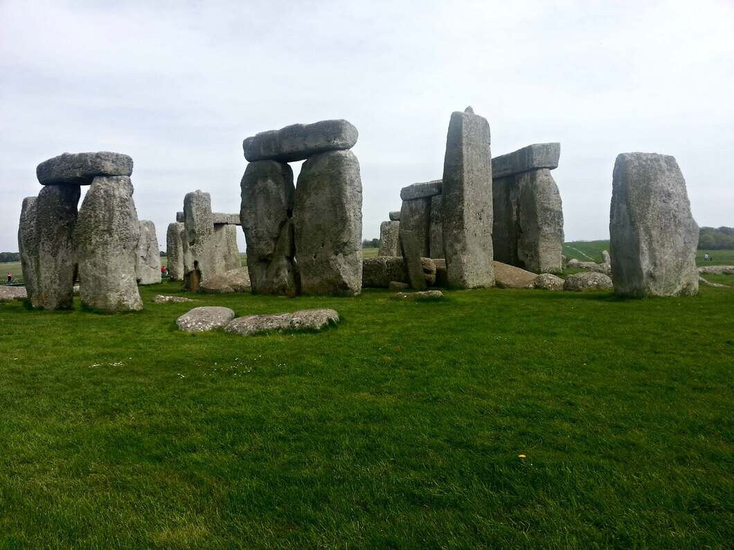 Stonehenge is a great place to visit to learn about Englands history for the life in the UK test.