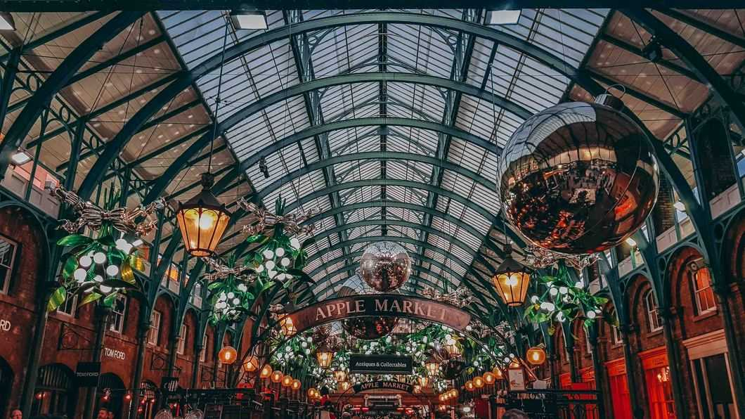 Christmas time at Covent Garden