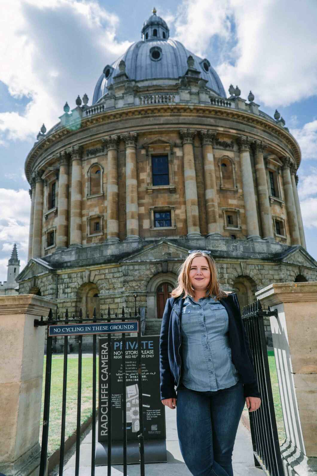 Explore the beautiful buildings in Oxford and discover Harry Potter filming locations.