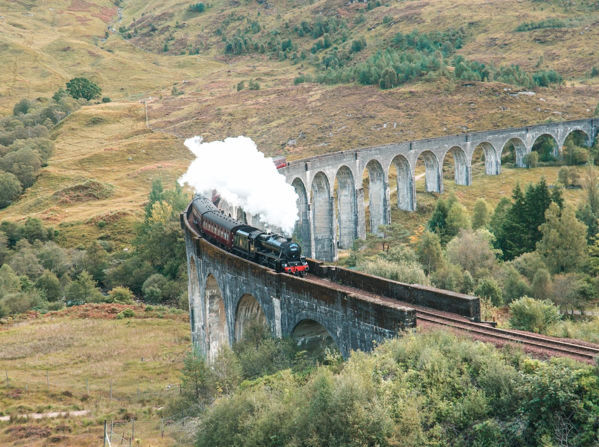Jackabite train going over Glenfinnan Viaduct