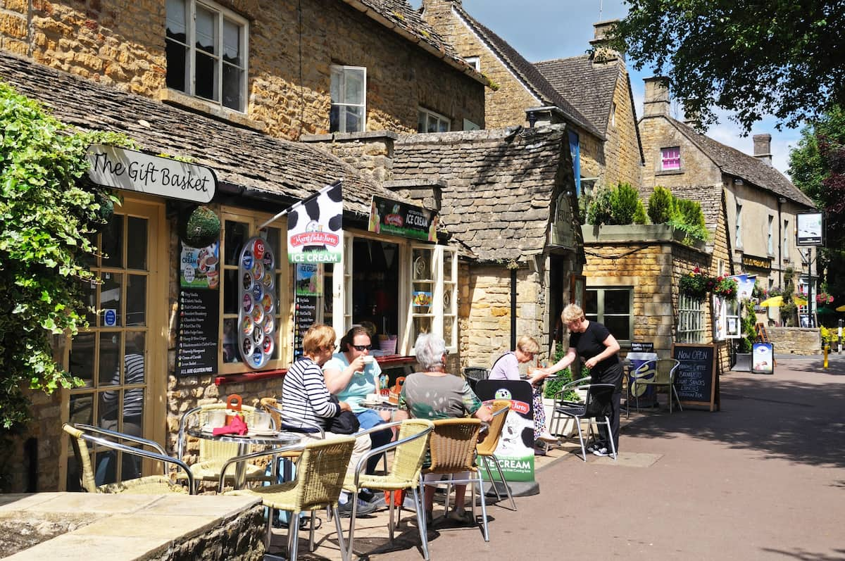 Pavement cafe, Bourton on the Water