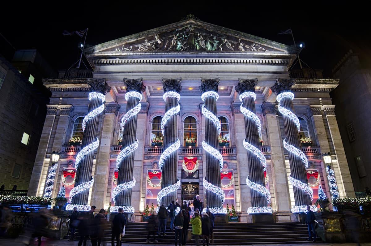 Christmas Decorations at Dome Restaurant Edinburgh Credit_Lee Walker