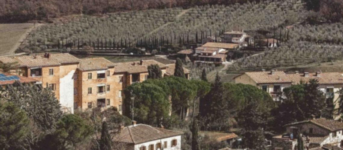 A Travel Guide to Radda in Chianti, Italy (A Dreamy Italian Town)