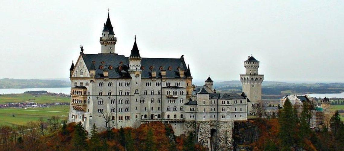 everything-need-know-visiting-neuschwanstein-castle